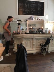 https://www.yelp.com/biz/cafe-lindentraum-bonn