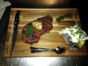 https://www.yelp.com/biz/h%C3%B6fener-garten-steakhaus-n%C3%BCrnberg
